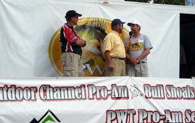 Gary Parsons & Al aon stage at the 2008 Bull Shoals PWT